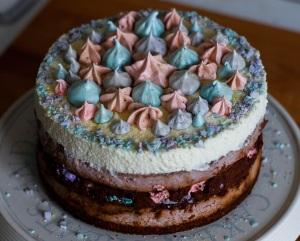 choc-berry-meringue-mousse-cheesecake