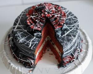 halloween-red-velvet-cake