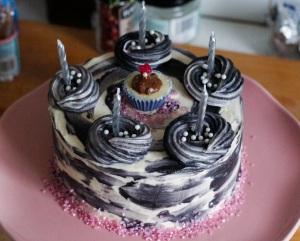 neapolitan-marble-mousse-cake