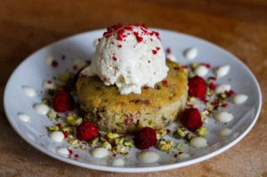 pistachio-rose-cake