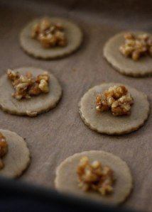 walnut-biscuits
